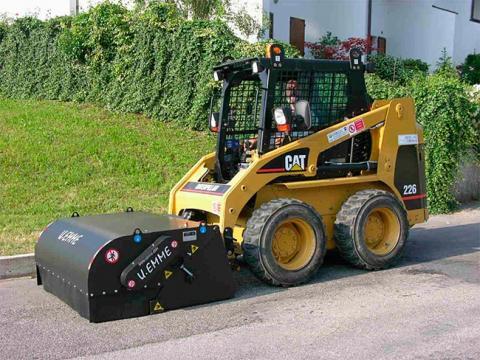 Balayeuse sur Skid pour nettoyage chantier